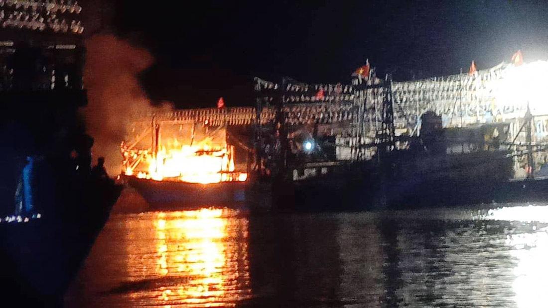 cháy tàu,Nghệ An