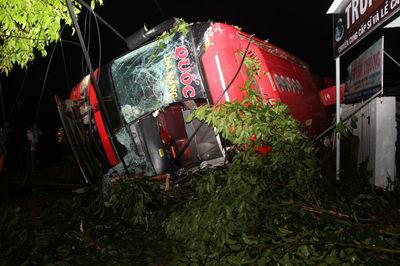 Xe khách lật, 1 người chết ở Đắk Lắk: Chạy dù, sai hành trình