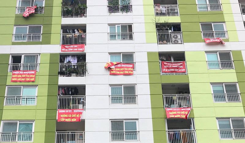 chung cư,kiện chủ đầu tư,kiện cáo,tranh chấp chung cư,căng băng rôn phản đối