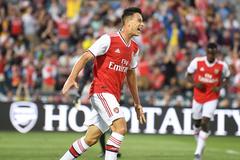 """Tân binh chói sáng, Arsenal đại thắng """"ba sao"""""""