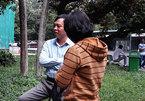 Tố bị mổ hỏng mắt, Việt kiều đòi bồi thường hàng chục ngàn USD