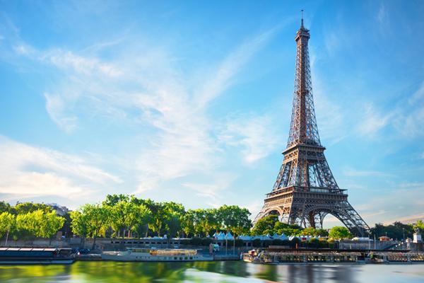 Gần 85.000 người Việt đến thăm Paris năm 2018