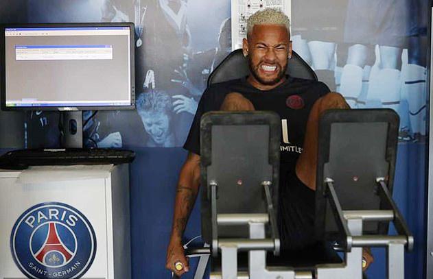 Neymar nằng nặc đòi rời PSG, MU 'chạy ngay đi'