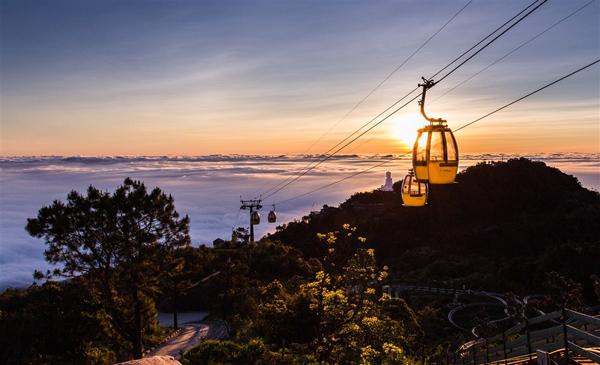 Sun World Ba Na Hills vào Top 5 khu du lịch và vui chơi giải trí tốt nhất VN