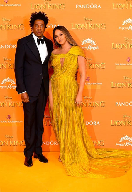 Beyonce's London Lion King Premiere,Cong Tri's design,entertainment news,what's on,Vietnam culture,Vietnam tradition,vn news,Vietnam beauty,Vietnam news,vietnamnet news,vietnamnet bridge,Vietnamese newspaper,Vietnam latest news,Vietnamese newspaper articl