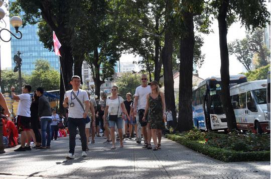 More flexible visa policies needed to boost Vietnam's tourism