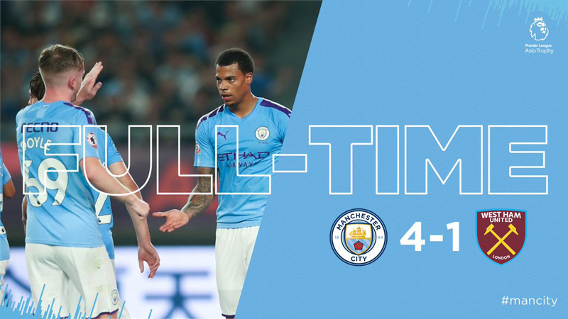 Sterling rực sáng, Man City vùi dập West Ham