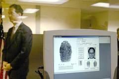 Mỹ, Nga đổ tội cho nhau vì 'chiến tranh visa'