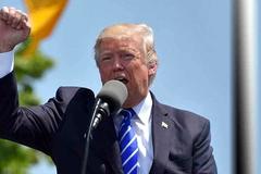 Donald Trump ra đòn, Trung Quốc dựng rào, đường khó của đại gia Việt