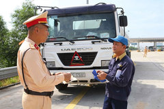 Traffic police launch vehicle inspections nationwide