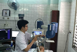 HCM City hospital uses shockwave therapy to treat ischemic heart disease