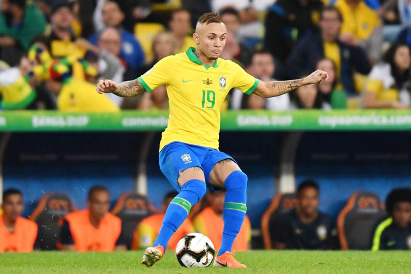 Arsenal cử bác sỹ sang Brazil kiểm tra y tế Everton