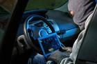 Băng trộm 'nhí' đánh cắp và tự lái ôtô đi cả nghìn km