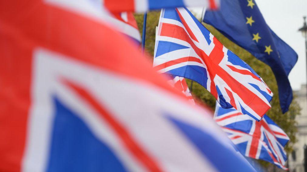 Anh chặn thủ tướng mới thúc đẩy Brexit không thỏa thuận