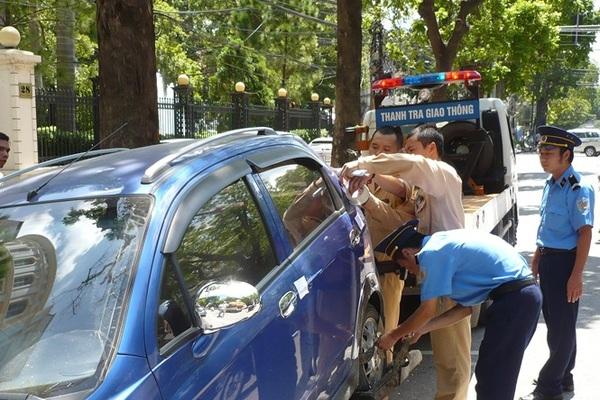 Hà Nội cũng thu phí ô tô vào giờ cao điểm?
