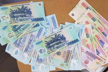 Vợ ham chơi vay tiền đánh lô đề, chồng có phải trả nợ thay?