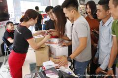 2 ngày, 12 nghìn đơn đặt hàng Mỹ qua FPT Shop