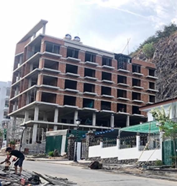 Thu hồi sổ đỏ căn hộ Mường Thanh, long đong số phận khu đất vàng Hồ Gươm