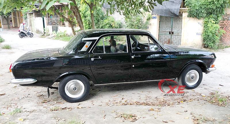 Xe Liên Xô của Bộ trưởng đẹp long lanh sau cuộc tái sinh