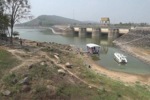 Mekong River suffers as Thailand stores more water