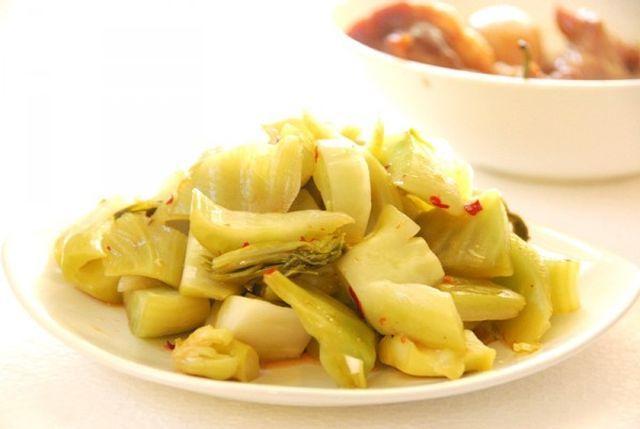 Chuyên gia cảnh báo 5 chất gây ung thư người Việt vẫn ăn mỗi ngày