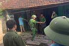 Vác dao đâm chết hàng xóm vì bụi xưởng mộc và tiếng ồn