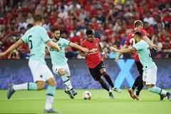 MU 0-0 Inter: Martial và Shaw liên tiếp bắn phá (H1)