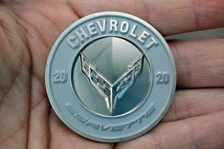 Đồng xu kỷ niệm ngày Chevrolet Corvette C8 ra mắt được bán giá đắt