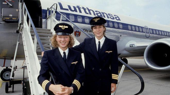 lương phi công,phi công,hàng không