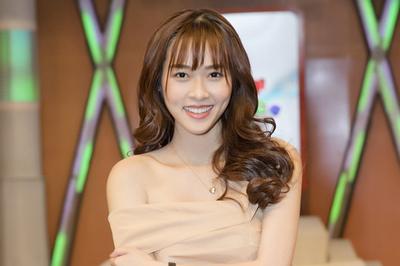 Cựu hot girl Diệp Bảo Ngọc không dám nói chuyện đời tư trên truyền hình