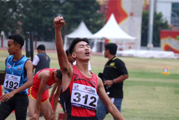 Vietnam students win more golds in athletics