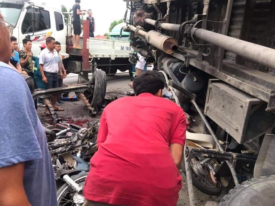 Danh tính các nạn nhân vụ xe tải đâm đoàn người ở Hải Dương