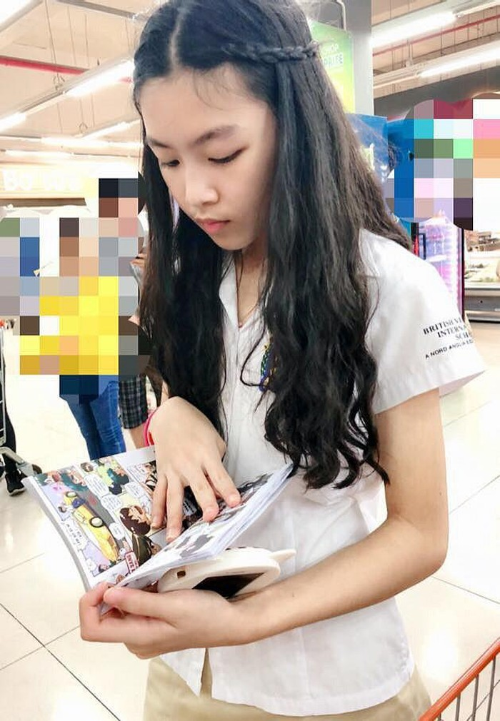 Con gái 14 tuổi của MC Quyền Linh được khen xinh như hoa hậu