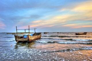 Quang Ninh develops Tra Co national tourism site