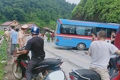 Xe chở cán bộ Thành đoàn Hải Phòng gặp nạn ở Tuyên Quang, 2 cô giáo thiệt mạng