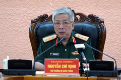 Senior Lieutenant General Nguyen Chi Vinh talks about the situation in the East Sea