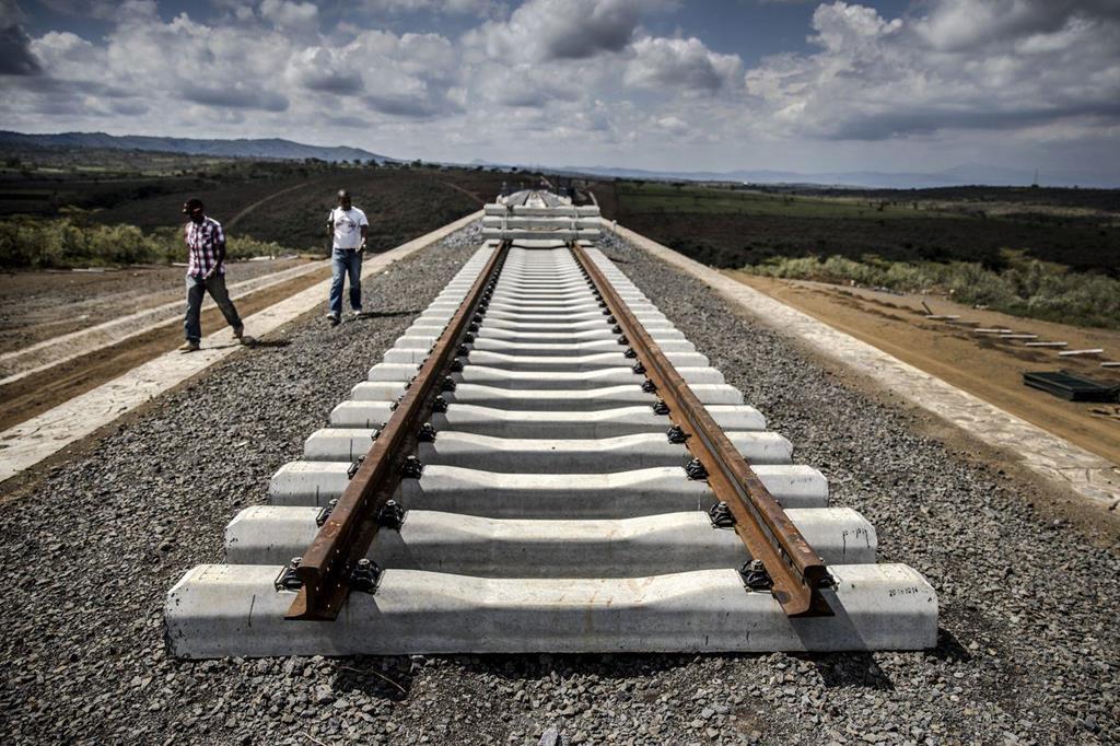cuộc chiến thương mại,chiến tranh thương mại,Trung Quốc,bẫy nợ,đường sắt