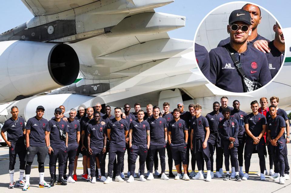 Neymar miễn cưỡng bay sang Trung Quốc cùng PSG