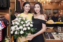 Đỗ Mỹ Linh, Tiểu Vy đến chúc mừng Ngọc Hân lên chức