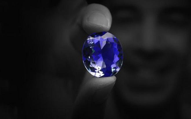 Bí ẩn lời nguyền của viên kim cương Hy vọng