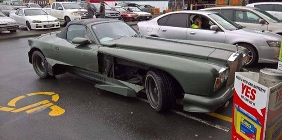 Bị ném đá kịch liệt vì độ Mazda thành Rolls-Royce quá xấu