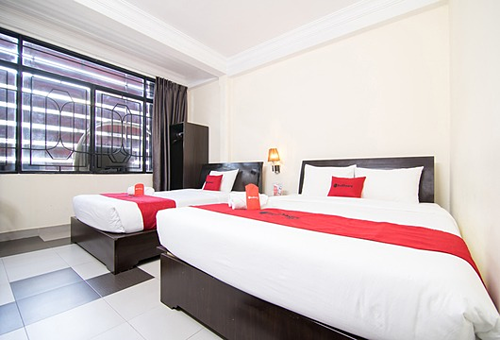 RedDoorz, OYO firece competitors in hotel market