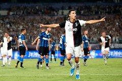 Ronaldo, Buffon tỏa sáng, Juventus thắng nghẹt thở Inter