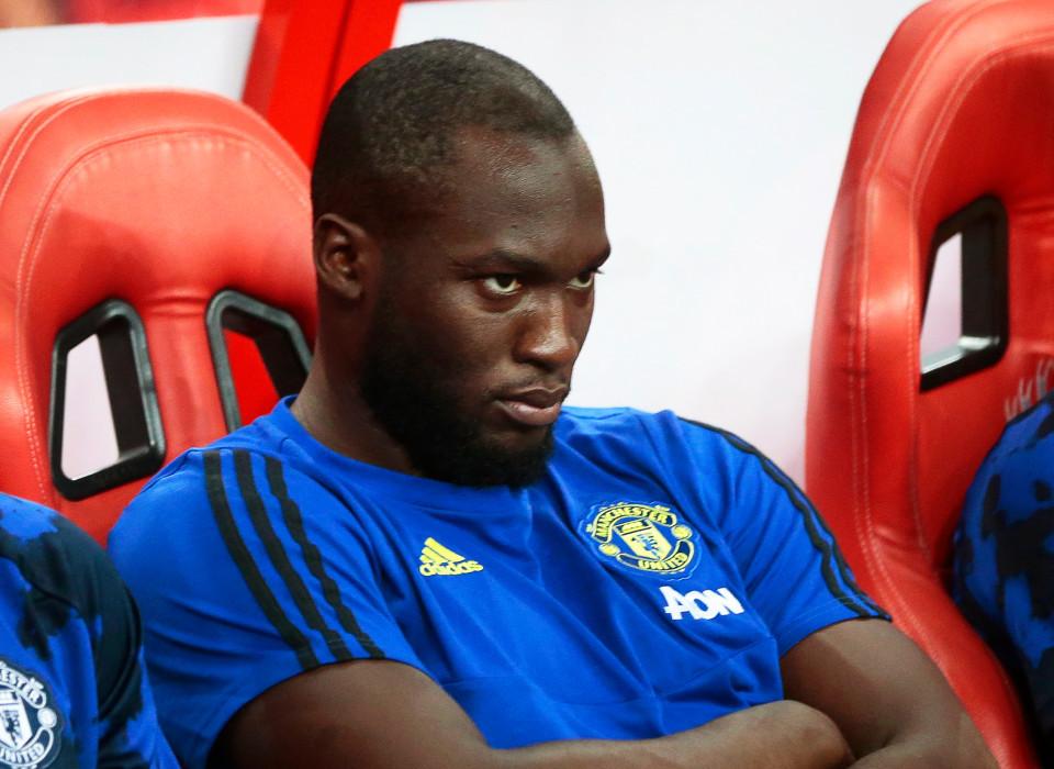 Sự thật chuyện MU 'cấm cửa' Lukaku thi đấu