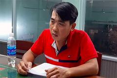 Gã trai ở Tiền Giang cầm dao đâm chết hàng xóm