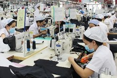 Garment factories shift production to masks amid COVID-19