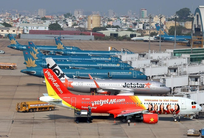 How many airlines should Vietnam have?
