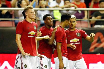 MU đánh bại Tottenham nhờ hàng công thăng hoa
