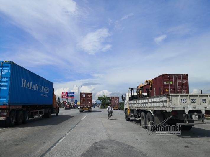Xe tải lật chết 5 người ở Hải Dương, Trung tá CSGT nói lý do