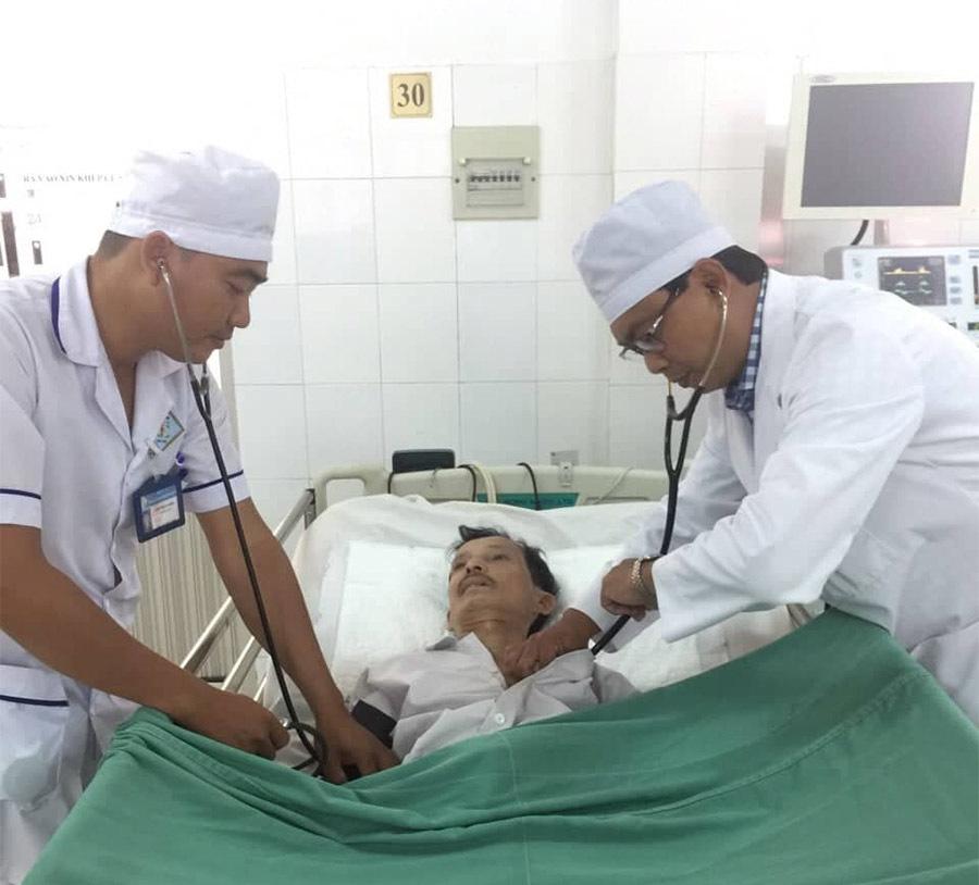 Hai bệnh viện ở miền Tây báo động đỏ cứu sống 2 người bị đột quy một cách thần kỳ